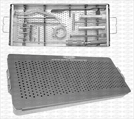Boîte d'instruments de Austin Moore, illustrée