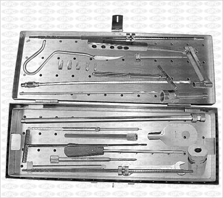Boîte d'instruments pour CFP