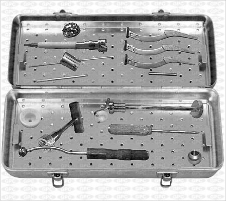 Boîte d'instruments pour prothèse totale de la hanche