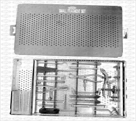 Boîte pour implants petits fragments